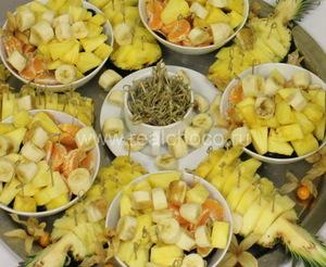 Подготовка и нарезка фруктов